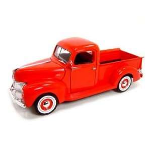 1940 Ford Pickup Truck 1/18 Red Toys & Games