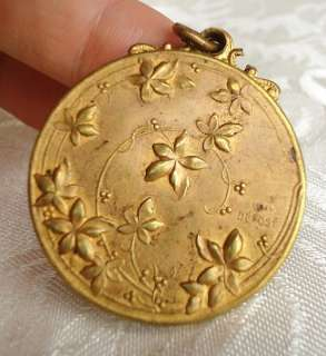 SUPERBE ART NOUVEAU FRENCH YOUNG LADY SLIDE LOCKET.BY LELEU.